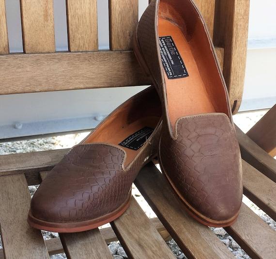 Bertie Londres Londres Londres dames Vintage cuir marron flâneurs, pompes plat marron Taupe, taille UK 6, US 8.5 EU 39 | De Haute Qualité Et De Bas Frais Généraux  796a5a