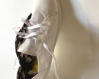 E-Taen Print Series collection: #TRIANGLEHAWKNo2 in #semiloafersneakers
