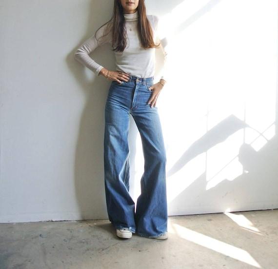 Vintage 1970s high waist wide flare bell bottoms j