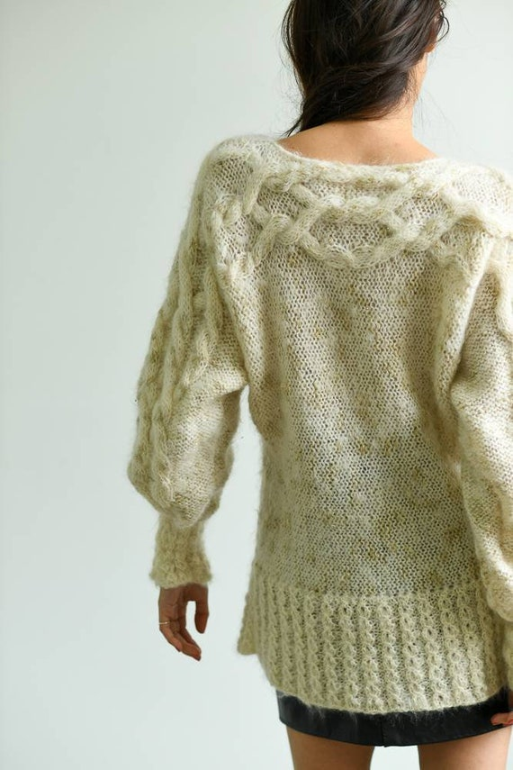 Vintage 1980s mohair cream white knit sweater