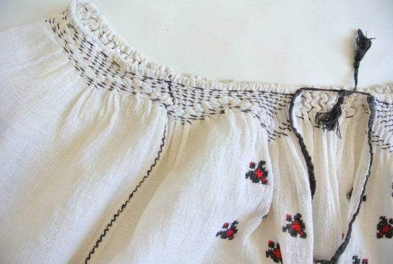 Vintage 1960s Hungarian cotton gauze peasant blou… - image 4