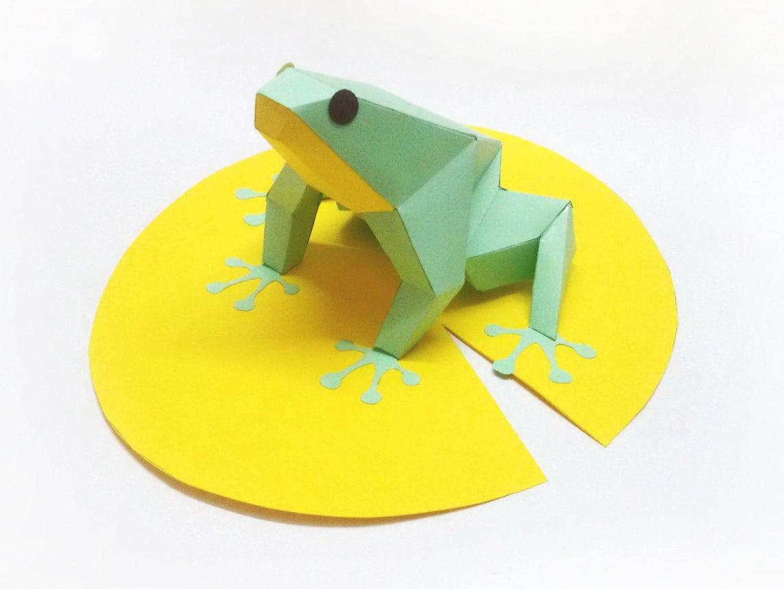 DIY paper model of Frog sitting on leafinstant digital | Etsy