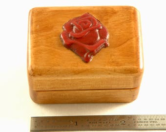 Propose to her with a special ring box