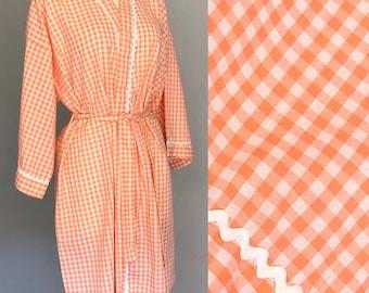 1960s NOS Gingham Bathrobe. 60s Cotton Gingham Robe, Housecoat. 50s Gingham Robe. 1950s Gingham. Swing Dance Pinup Mrs Maisel