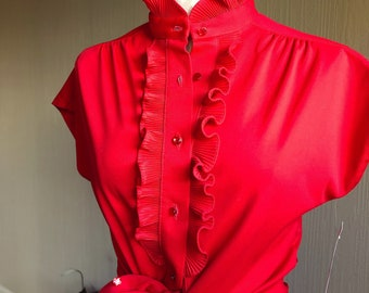 Ruffle Blouse. Size Medium. 70s Red Ruffle Blouse. 70s Ruffle Front Blouse. Disco Ruffle Front Blouse. Ladies Disco Blouse. 1970s Party.