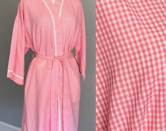 1960s NOS Gingham Bathrobe. 60s Cotton Gingham Robe, Housecoat. 50s Gingham Robe. 1950s Gingham. Pink Gingham, 60s Lingerie Pinup Mrs Maisel