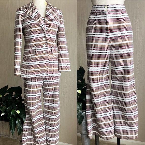 70s Ladies Leisure Suit by Knit Ins. Brown Plaid L