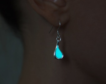 Glow in the Dark Earrings Aqua Drop - Glowing Earrings - Glow Jewellery - Frozen Earrings - Glow Earrings - Handmade Earrings - Magic Glow