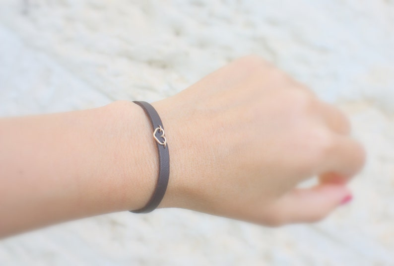 adjustable skinny leather bracelets for women leather jewelry thin leather gold heart bracelet