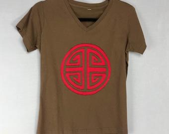 Cute Trendy Vintage Size S Tee, Yoga shirt, Zen Tee, Women's V neck top,Upcycled Tshirt, Asian Graphic Tee Brown Tee, Girlfriend Gift, EUC