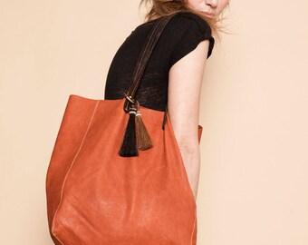 Gio bag. Tote leather bag