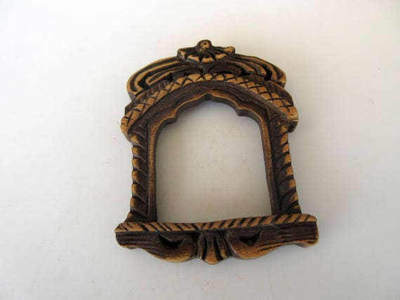 GDS10463 2 Pieces Hand Carved Wooden Window Frame Pendant Wood Art And Craft Framing Supplies Jewelry Handmade Wooden Jharokha Pendant