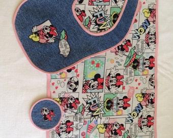 Bib, coaster and placemat set