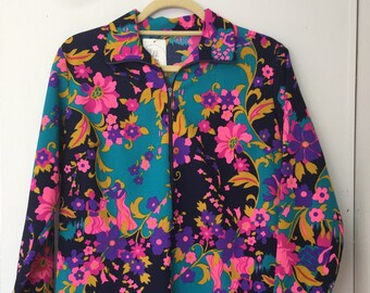 Psychedelic Floral Top Pullover