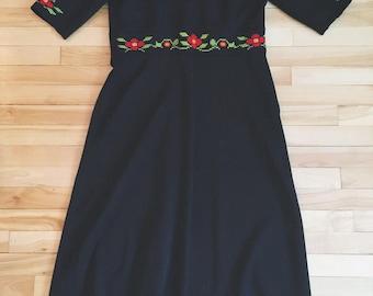 XL 70's embroidered black maxi dress