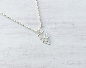 Sterling Silver Arrow Necklace/Silver Triangle Necklace/Sterling Silver/Pendant/Everyday Wear/Long/Layering/Gift/UK/Jewellery