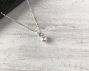 Silver Necklace with Swarovski Pearl/Pearl Necklace/Single Drop Pendant/Necklace/Sterling Silver/Colour/Swarovski Necklace/Gift