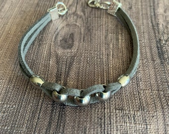 Dark grey suede bracelet, gray faux suede bracelet, gift for woman, stainless steel bead wrap, suede chunky jewelry. Bracelet with beads.