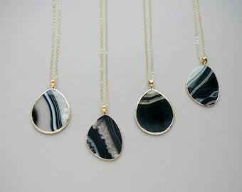 Agate Slice Necklace Black Agate Pendant Gift for Women Gemstone Necklace Long Necklace Pendant necklace Stone Natural Agate Necklace Womens