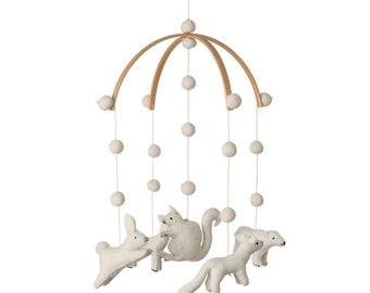 Woodland - Baby mobile - Nursery mobile - Woodland nursery - Woodland party - Woodland baby shower - Baby shower - animals