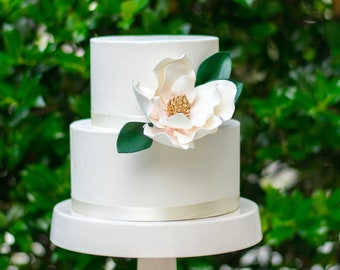 Magnolia Sugar Flower with Blush Details and Gold Center