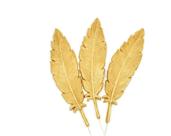 Gold Gumpaste Feathers set of 3 - Cake Topper for Baby Shower, First Birthday, Unique Cake Topper, Sugar Flowers Accents