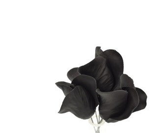 Black Rose Buds for sugar flower arrangements, fondant gumpaste flower wedding cake toppers, cake decorations, filler flowers