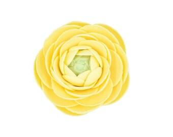 Yellow ranunculus for gumpaste wedding cake toppers, sugar flower bouquet, fondant cake decor, modern wedding, bridal shower