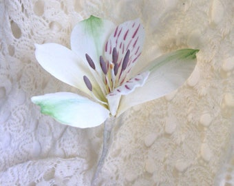 Alstromeria Sugar Flower for wedding cake toppers, fondant and gumpaste flowers, white lilies, diy brides, cake decorations, bridal shower