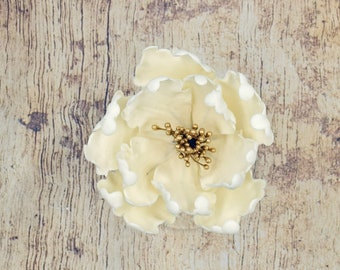 Ivory and Gold Peony Sugar Flower - Unique Wedding Cake Topper - Gumpaste Flowers - Cream Peonies - Modern Wedding Decor