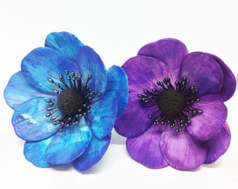 Anemone Sugar Flowers watercolor painted in blue or purple for wedding cake toppers, gumpaste decorators, DIY weddings