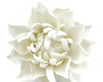 Small White Dahlia Sugar Flower