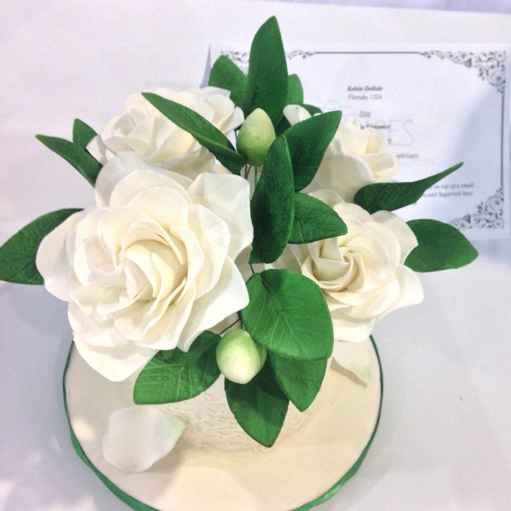 White gardenia sugar flower for wedding cake toppers southern white gardenia sugar flower for wedding cake toppers southern wedding gumpaste flower bouquets izmirmasajfo