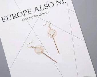 Handmade CCCJewlery  Vintage Dangling Natural Shell Earrings   Geometric   Minimalist 