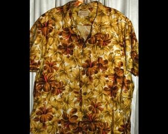 Vintage Royal Hawaiian Shirt 100% cotton  size Med