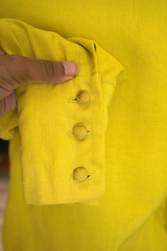 60s / 1960s Chartreuse Woven Button Blouse - image 4