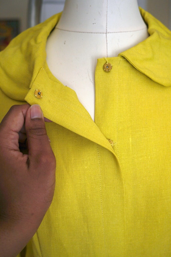 60s / 1960s Chartreuse Woven Button Blouse - image 6