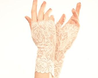 White Lace Gloves Wedding Gloves Lace Wedding Gloves Bridal Gloves Bridal Lace Mittens Elegant Gloves White Gloves Wedding Fingerless Gloves
