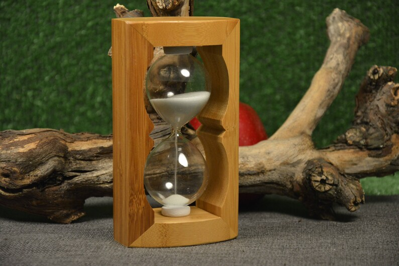 Wooden hourglass - Egg timer 1,3 minutes - Hourglass timer - Hourglass sand  timer - Natural wood - White sand - Factory made