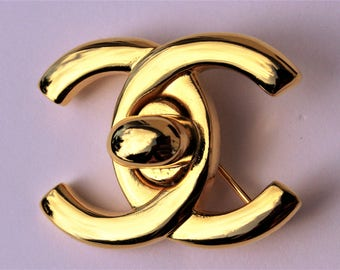 CHANEL Authentic and Vintage brooch 1985