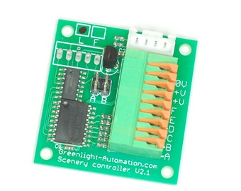 Model railway train detector with infra-red optical sensor for O, OO, N, Z gauge