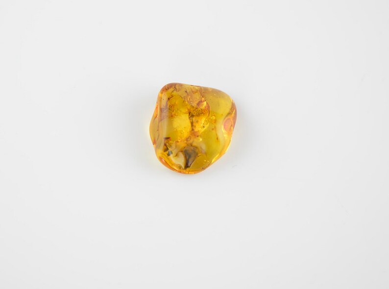 Yellow amber piece Baltic amber stone nz11 baltic amber 5,3 grams Unique stone