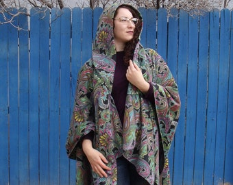 Paisley Floral fleece ruana with hood, Paisley Fleece wrap with hood, Paisley Fleece ruana, Gifts for women and teens, one size, washable