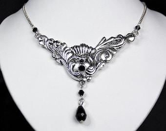 Triangle Ornament Necklace