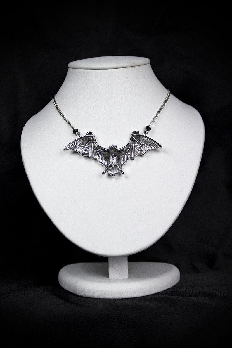 Bat Chain image 0