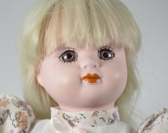 Collection of porcelain body 1393 14-headed porcelain doll