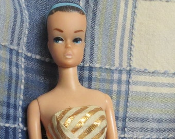 Vintage BARBIE FASHION QUEEN with original Blue Headband and Swimsuit