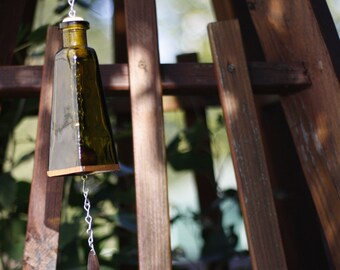 Vintage Green 178ml Glass Bottle Wind Chime - Gifts for Mom - Garden Decor - Gift Idea - Outdoor Living - Seasonal Decor - Glass Wind Chime