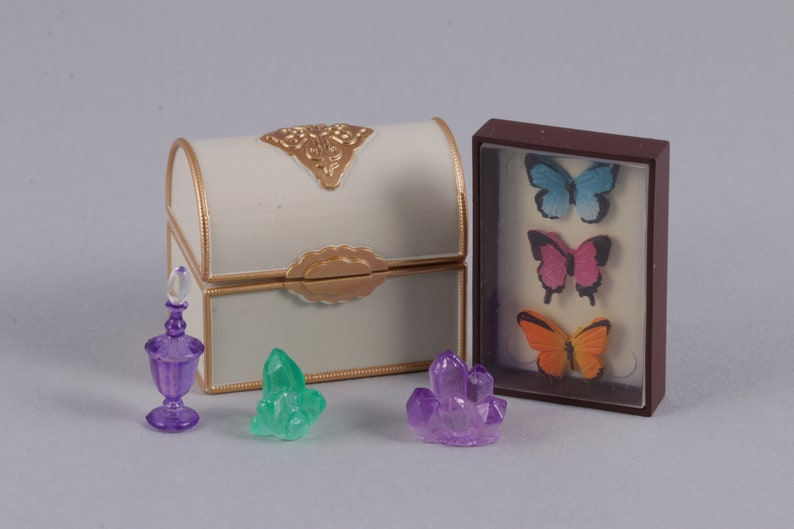 Miniature Dollhouse 8 Pc Dish Towel Set Mauve Flowers