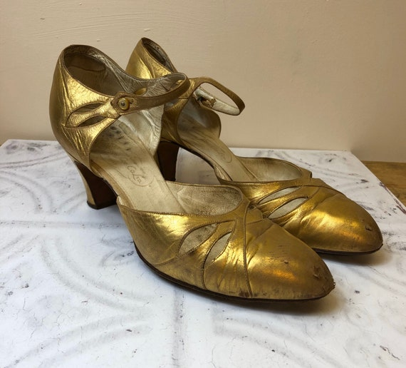 1930's Original Vintage Gold Sandals Shoes Size UK